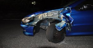 Crash lors de Granges: la Voiture s'écrase avec le Tuk Tuk ensemble - Vue