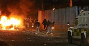 Irlande du nord: la Femme (29), lors d'Affrontements tourné la Police: Terroristes Incident