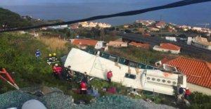 Madère: Bus avec des Touristes allemands se précipite au moins 29 Morts!