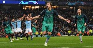 Man City contre Tottenham: Pourquoi ont-elles joué dans tellement semblables Maillots?