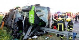 Flixbus Malheur: Italienne (63) est mort devant les Yeux de sa Fille