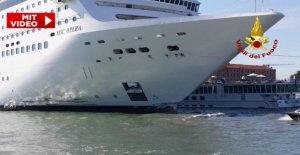 Accident de Venise: le bateau de Croisière...