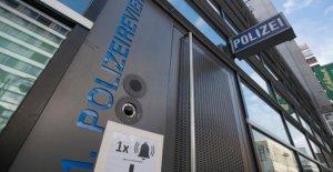 Francfort: Néonazis groupe de discussion: un Policier en détention provisoire