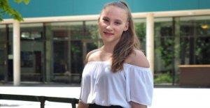 Les Matières qu'elle n'a pas aimé: Mandy (14) crée Abi 1,0!