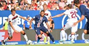 1. FC metz – PSG 1:1: Standing Ovation pour Kylian Mbappé