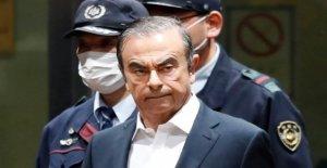 Carlos Ghosn: Ex-Renault-Boss poursuivi Nissan et Mitsubishi