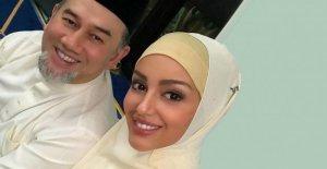 Divorce auprès de la Malaisie, l'Ex-Roi: la Fin de la Foudre-Romance