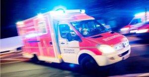 Pfungstadt: Conducteur (21) mort d'une Voiture percute un Arbre