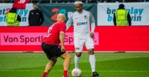 Ronaldinho: Malte-Club veut ancien footballeur mondial s'engagent à