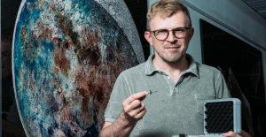 Trois Milliards de Ans: Ici détient le PHOTO-Reporter, un Morceau de la Lune