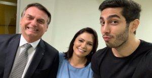 Le Président du brésil: Forêt en Flammes, Bolsonaro au Comedy Club