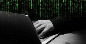Ordinateur-Magazine ct couvre à la protection Antivirus de Kaspersky en danger de la vie Privée