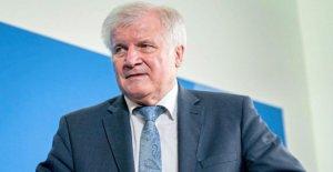 Seehofer, ministre de l'intérieur: Après Congé, retirer le statut de Réfugié