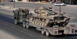 Syrie: Assad bombarde Militaire Convoi...