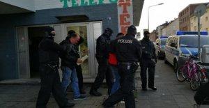 Düren/Kerpen: Raid! Bande doit 160 Migrants ont introduit