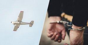 'Ennuyer l'homme en France à une amende après le pilotage de l'avion au cours de coronavirus de verrouillage